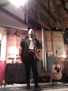 Anika Moa sings for her creative supper in the beautiful shed in Avondale